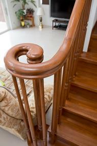 K邸写真:階段のてすり