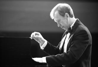 News&Topics『ロシアから、心に響くピアノの旋律!】