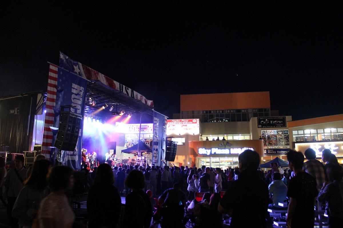三沢市街パシャ写真『アメリカンデ―前夜祭!】