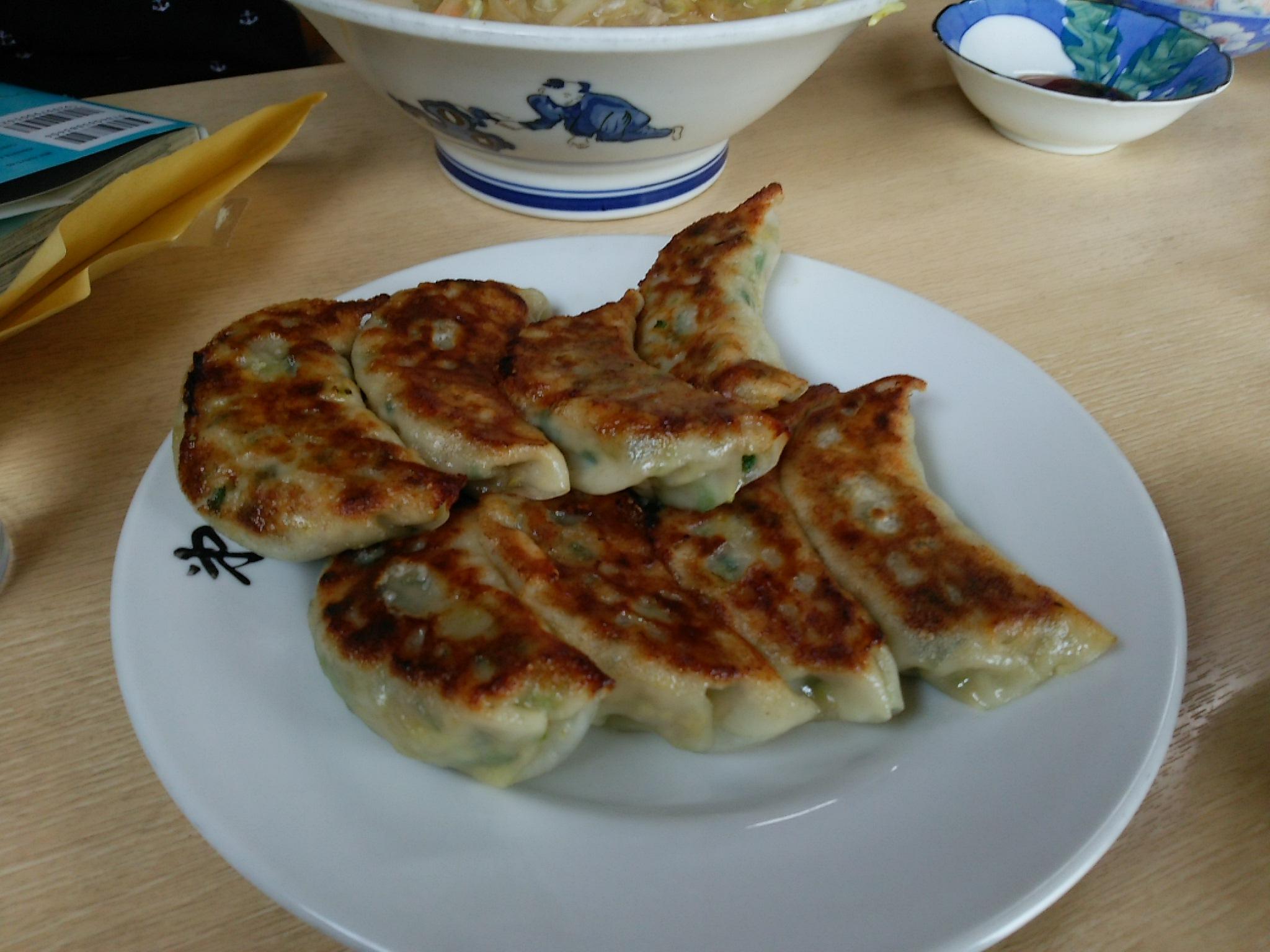 三沢市街パシャ写真『第一食堂の餃子】