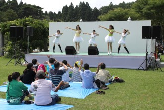 三沢市街パシャ写真『りんご娘】