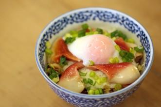 「三沢タイムズオリジナルほっき丼」レシピ!