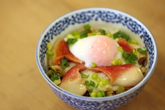 News&Topics『「三沢タイムズオリジナルほっき丼」レシピ!】