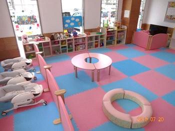 地域子育て支援センター 一時預かりミルキールーム写真